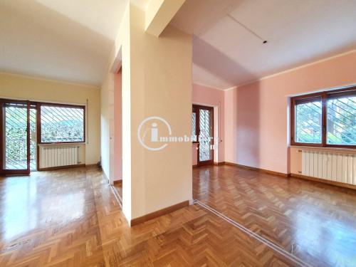 Vai alla scheda: Appartamento Vendita - Roma (RM) | EUR - Codice -320-MOSTACCIANO