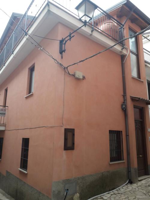 Vai alla scheda: Casa indipendente Vendita - Trentinara (SA) - Codice -382-18