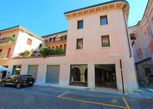 Vai alla scheda: Negozio Vendita - Verona (VR) | Centro storico - Codice -336-NS15
