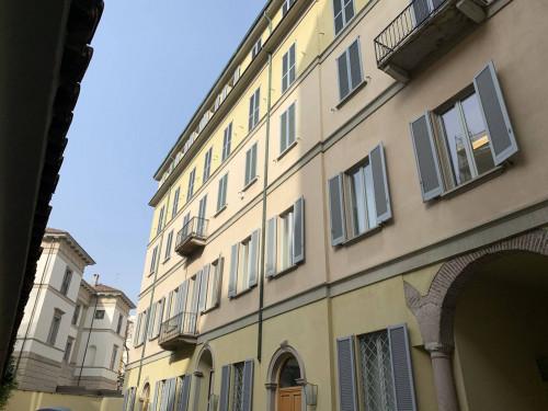 Vai alla scheda: Ufficio Affitto - Milano (MI)   Centro Storico - Codice -147-venezia c/t