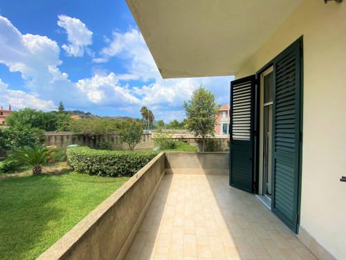 Vai alla scheda: Appartamento Affitto - Borgia (CZ) - Codice -188-CZ01-AA553