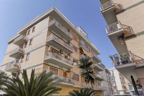 Vai alla scheda: Appartamento Affitto - Roma (RM) | Balduina - Codice -302-BALDUINA MACCAGNO ATTICO