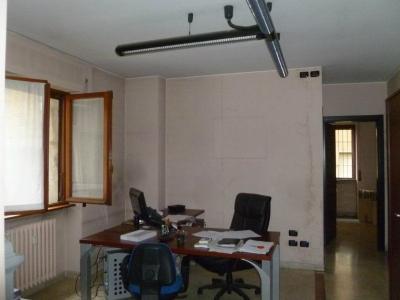 Ufficio in Affitto a Varese