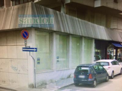 Attività Generica in Affitto a Vercelli