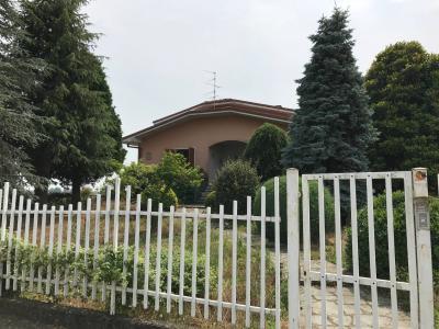 Indipendente in Vendita a Borgo Vercelli