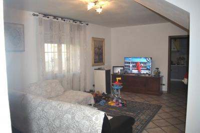 Appartamento in Affitto a Villata