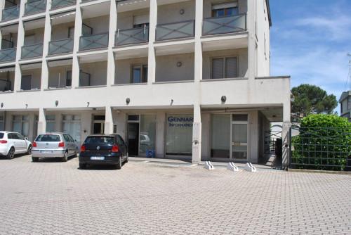 Negozio-Ufficio in Vendita a Vercelli