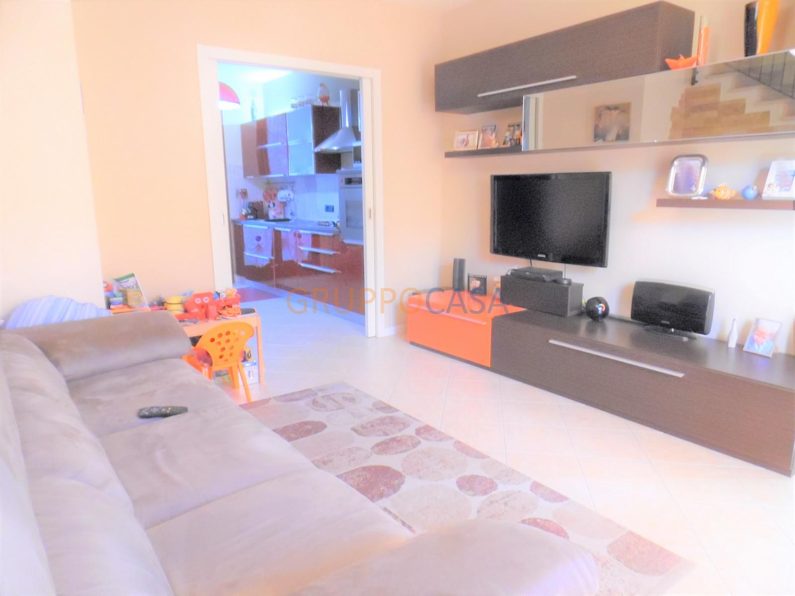 vendita villa a schiera altopascio periferia  139000 euro  3 locali  110 mq