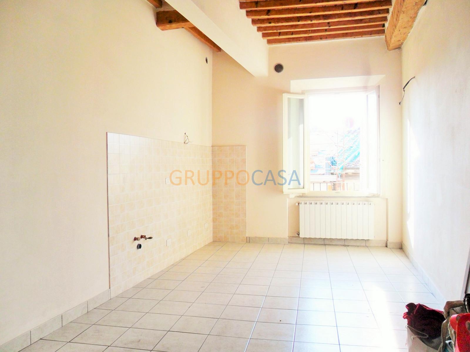 Appartamento in vendita a Buggiano, 3 locali, zona Località: BorgoaBuggiano, prezzo € 118.000 | CambioCasa.it