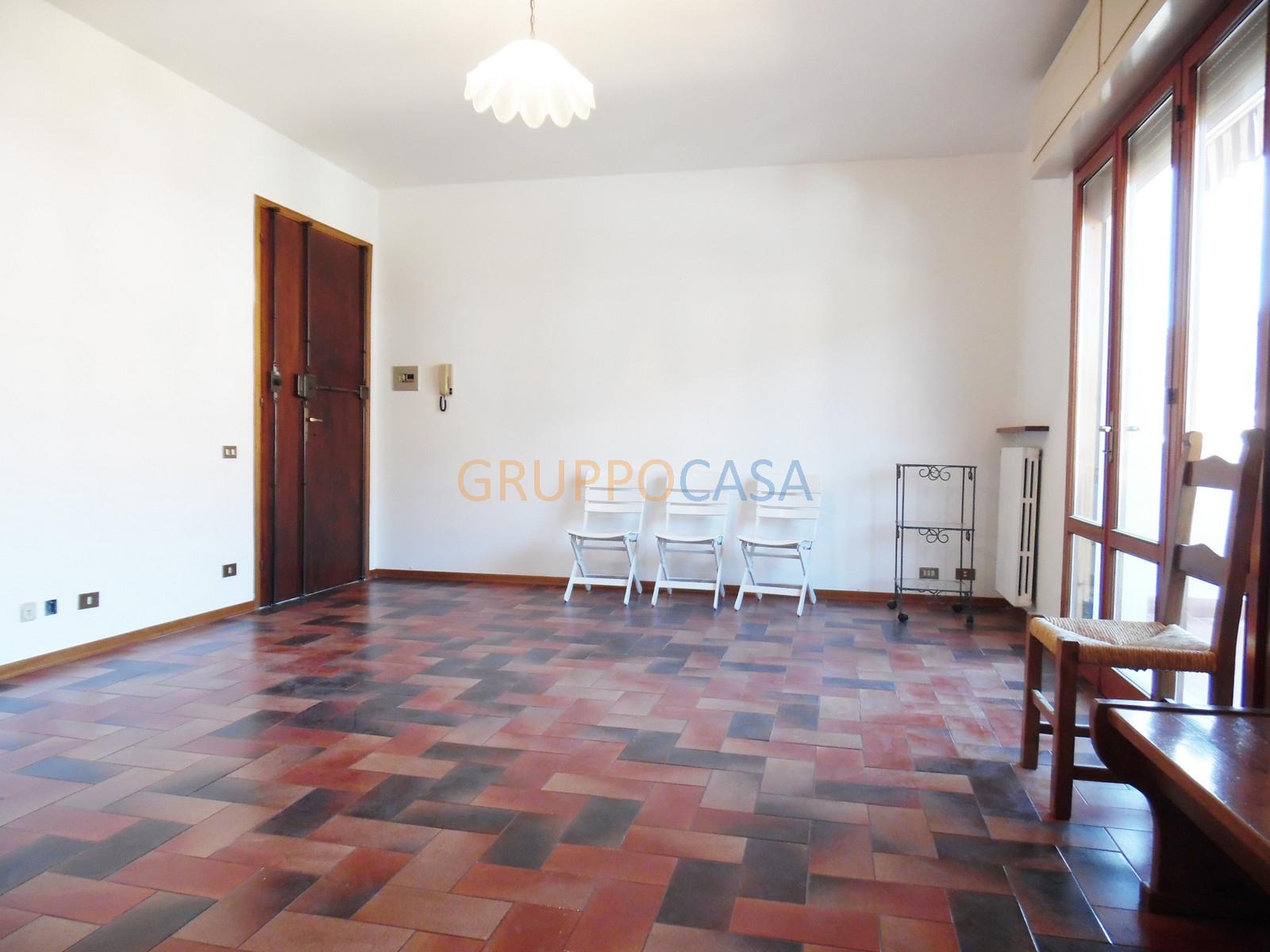 Appartamento in vendita a Uzzano, 3 locali, zona Località: S.Allucio, prezzo € 89.000   CambioCasa.it