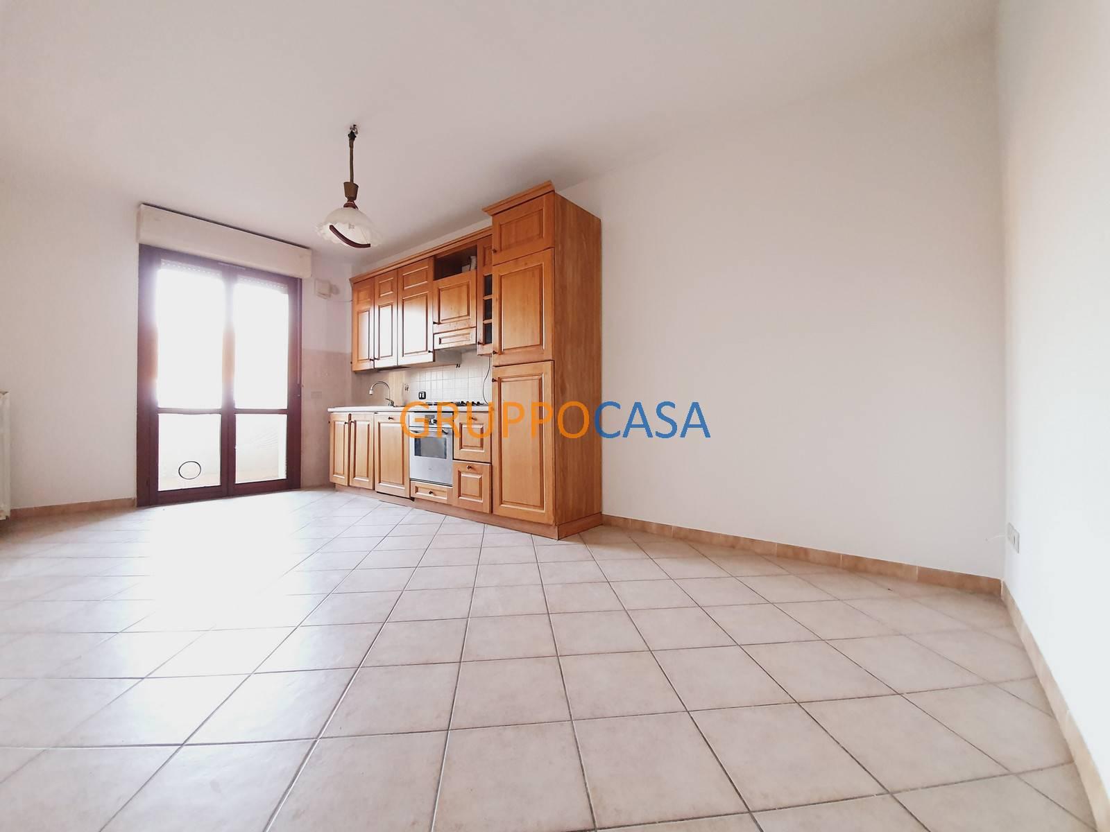 Appartamento in vendita a Pescia, 3 locali, zona Zona: Castellare, prezzo € 73.000 | CambioCasa.it