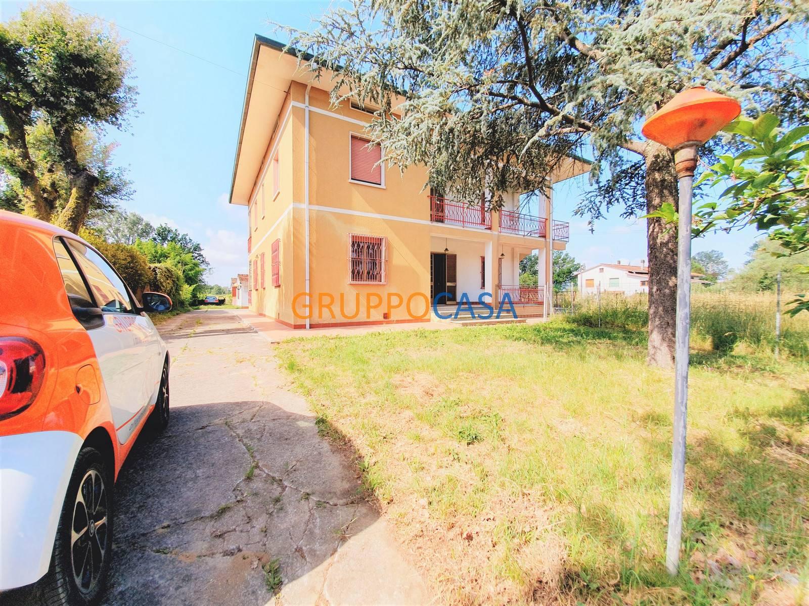 Appartamento in vendita a Fucecchio, 5 locali, zona ce, prezzo € 169.000 | PortaleAgenzieImmobiliari.it