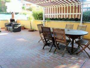 Appartamento in Vendita a Uzzano