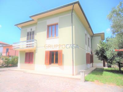 Villa singola in Vendita a Castelfranco di Sotto