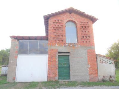 Rustico/Casale in Vendita a Castelfranco di Sotto