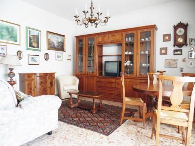 Appartamento in Affitto a Pescia