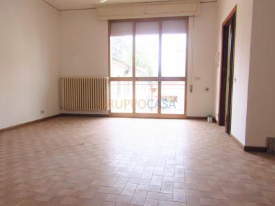 Appartamento in Affitto a Chiesina Uzzanese