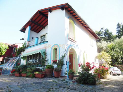 Villa singola in Vendita a Uzzano
