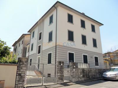 Stabile/Palazzo in Vendita<br>a Pescia