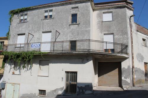 Appartamento in Vendita a Montecilfone