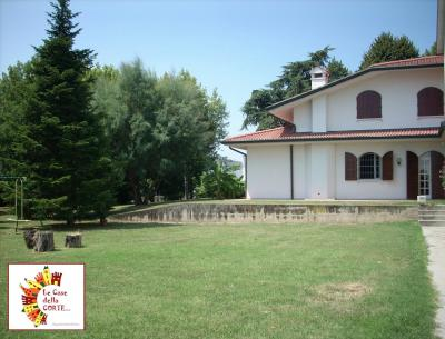 VILLA - Casa Indipendente in Vendita a Cento