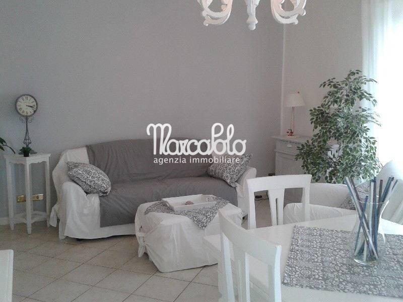Appartamento in vendita a Seravezza, 3 locali, zona Zona: Querceta, prezzo € 290.000 | CambioCasa.it