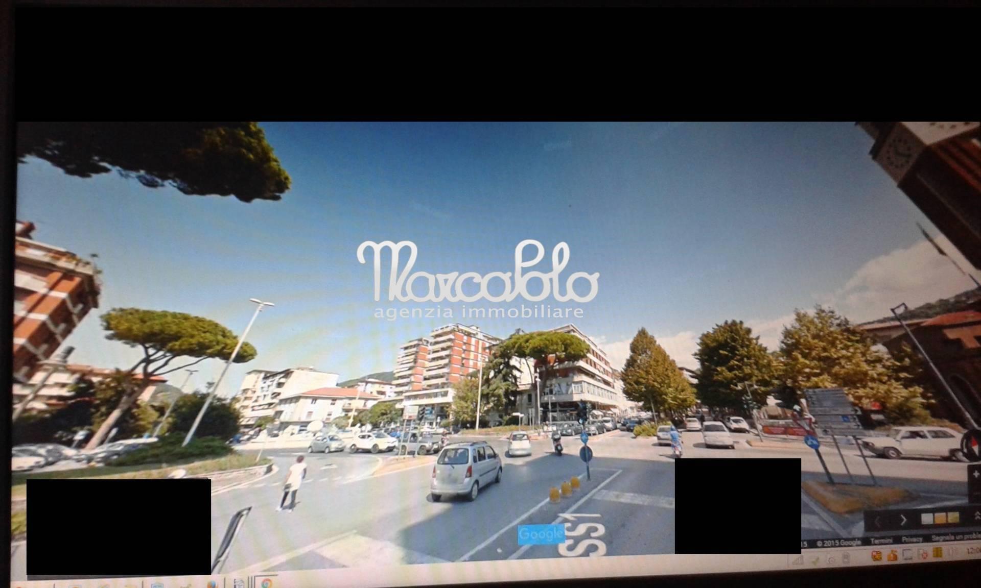 Negozio / Locale in vendita a Massa, 9999 locali, zona Zona: Centro, Trattative riservate | Cambio Casa.it