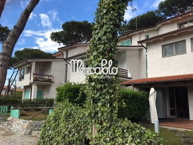 Appartamento in affitto a Forte dei Marmi, 4 locali, zona Località: VittoriaApuana, Trattative riservate | Cambio Casa.it