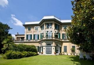 Foto - Villa In Vendita Cernobbio (co)