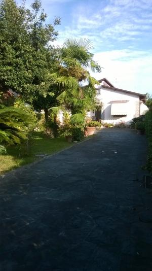 Portion of semi-detached house for Sale