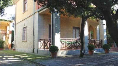 Villa in stile in Vendita