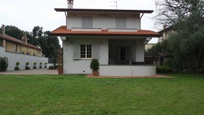 Villa Bifamiliare in Affitto stagionale