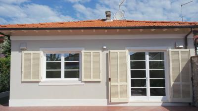 Portion of semi-detached house for Holiday rent