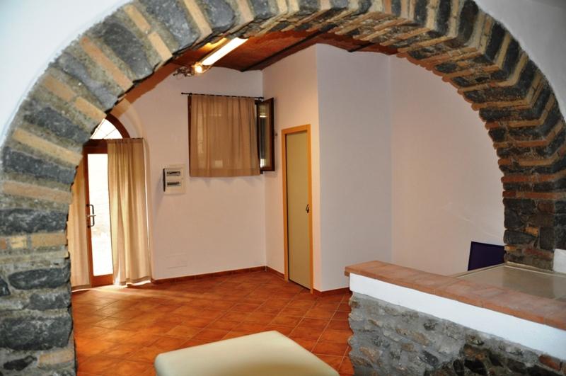 Negozio / Locale in affitto a Bracciano, 9999 locali, prezzo € 60.000   CambioCasa.it