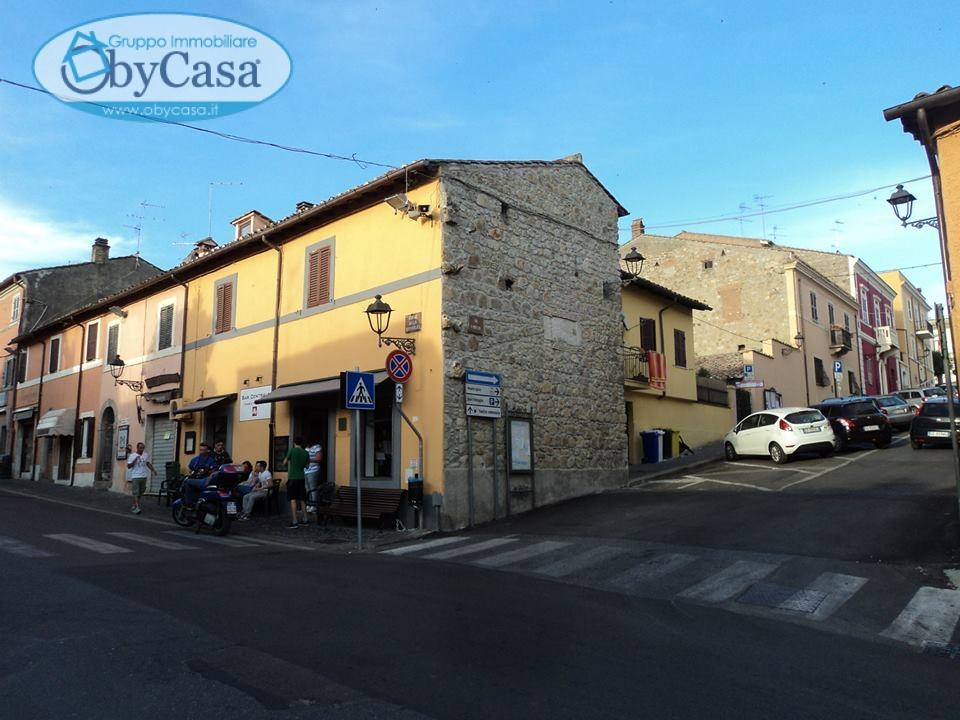Casa Indipendente in vendita piazza porta romana Canale Monterano