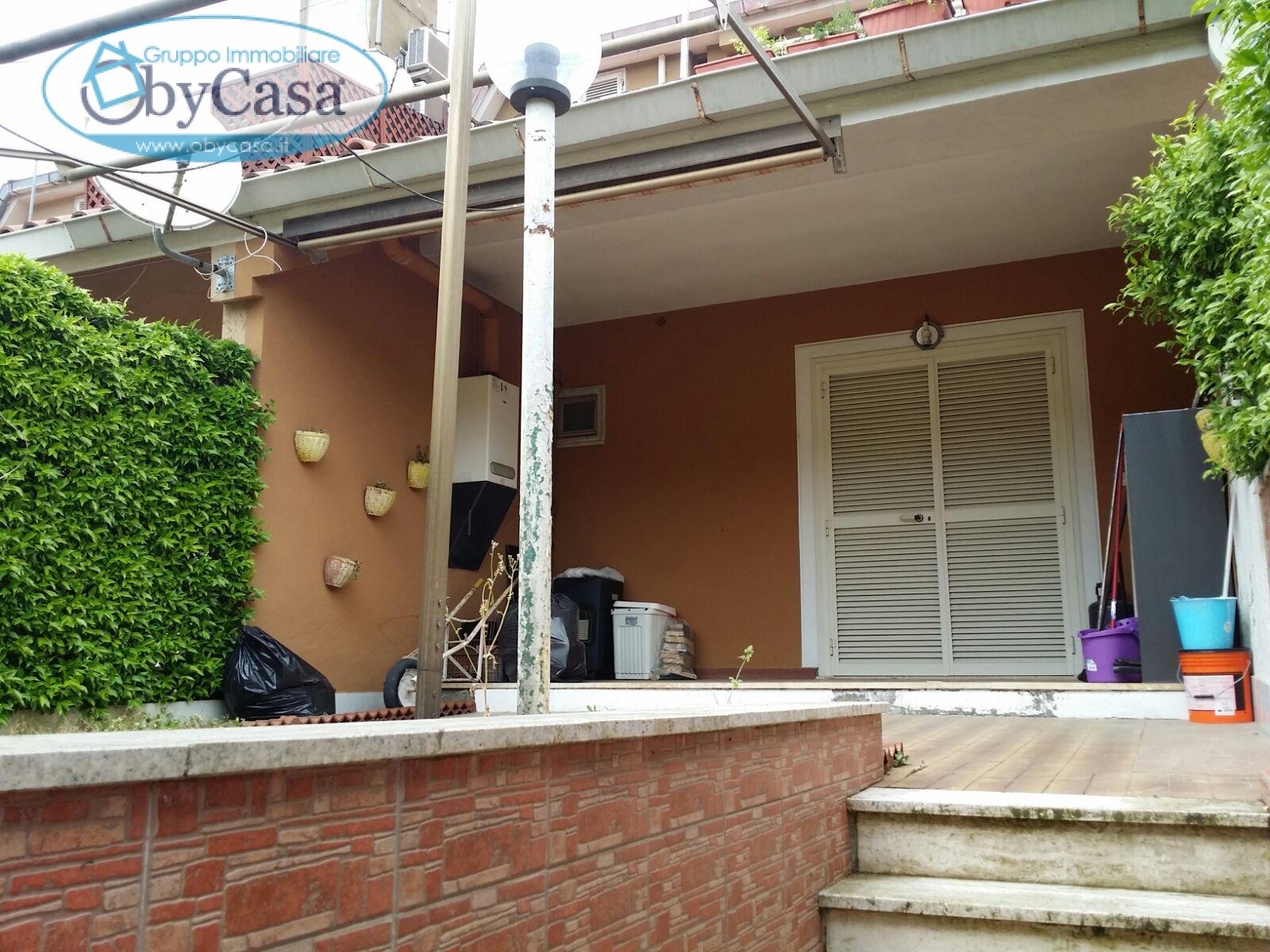 vendita villa a schiera manziana   75000 euro  2 locali  50 mq