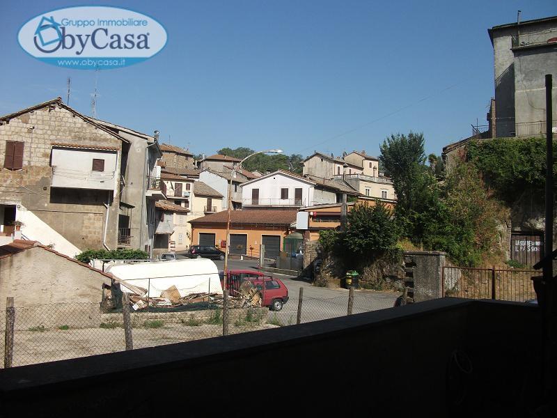 Soluzione Indipendente in vendita a Bassano Romano, 2 locali, zona Località: bassanoromano, prezzo € 28.000   CambioCasa.it