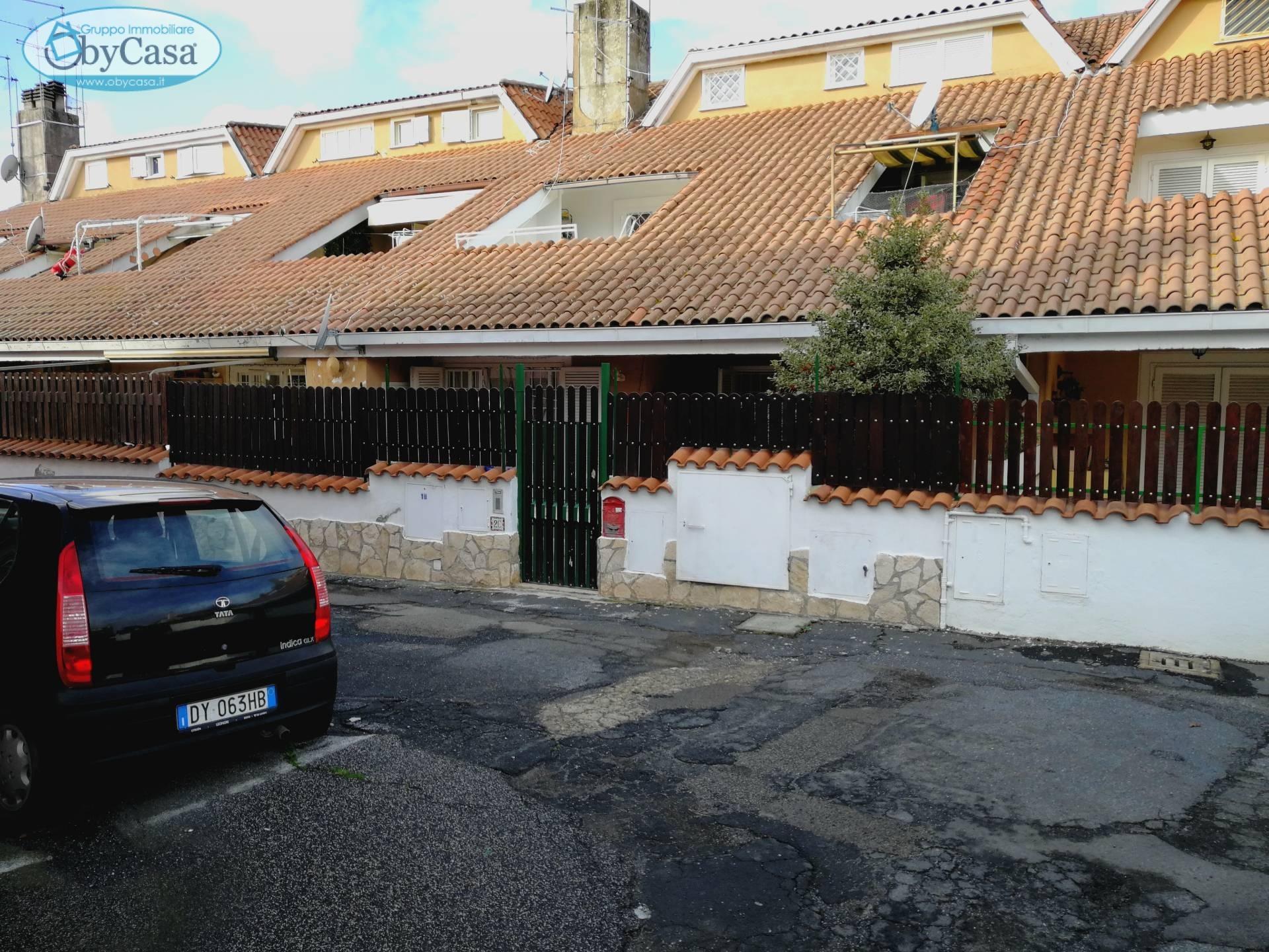 Bilocale Manziana Via Roma 1