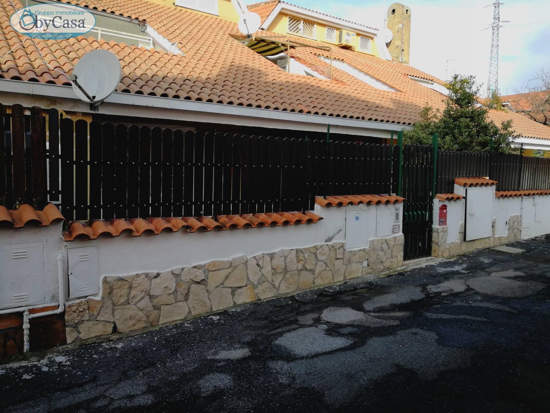 Bilocale Manziana Via Roma 2