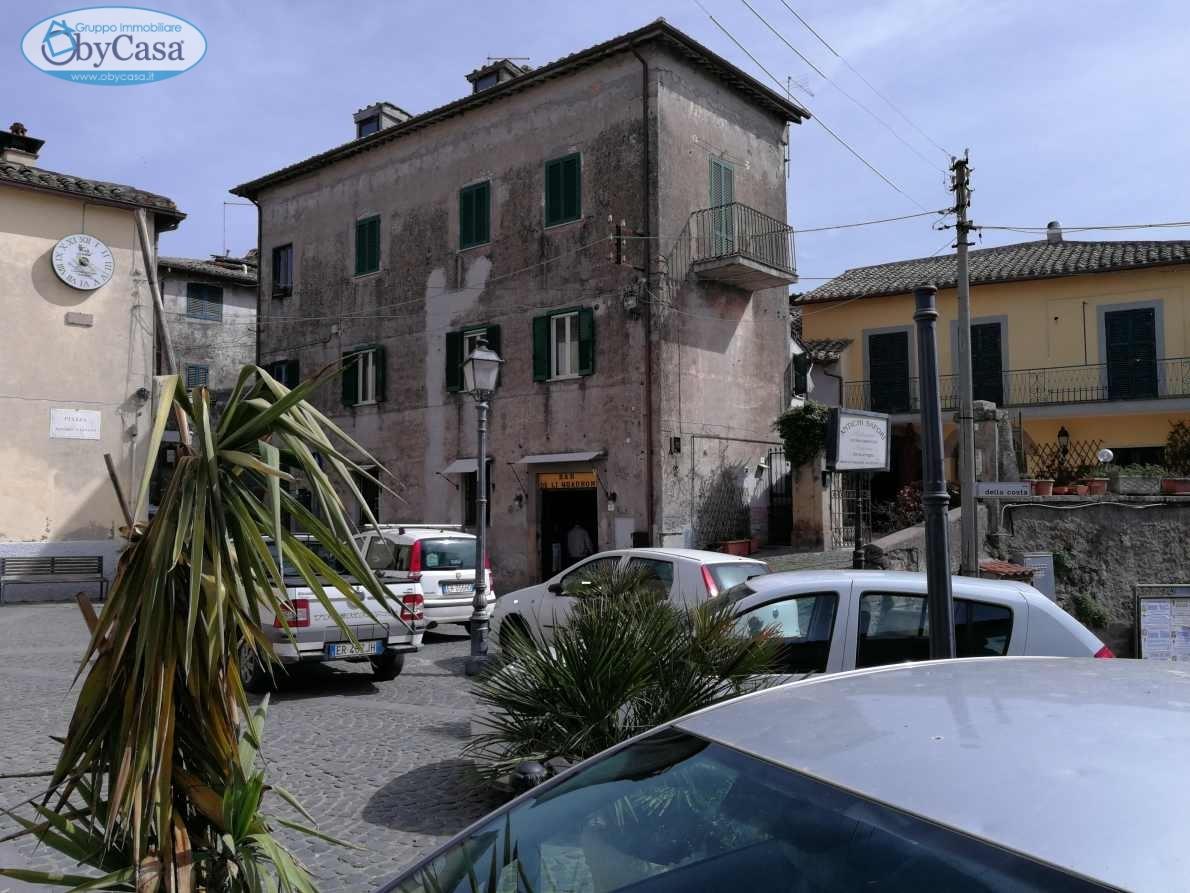 Bilocale Manziana Piazza Valentini 1