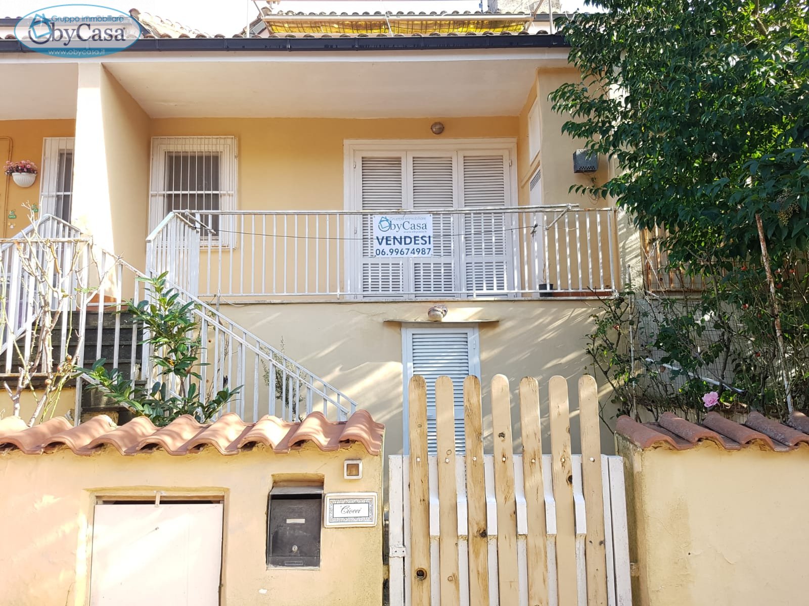 Villa a Schiera in vendita a Manziana, 3 locali, prezzo € 65.000   CambioCasa.it