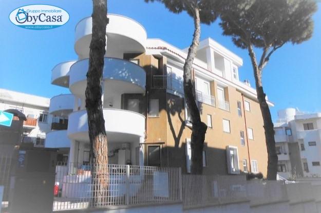 Appartamento in affitto a Santa Marinella, 2 locali, zona Località: Centrale, prezzo € 450   CambioCasa.it