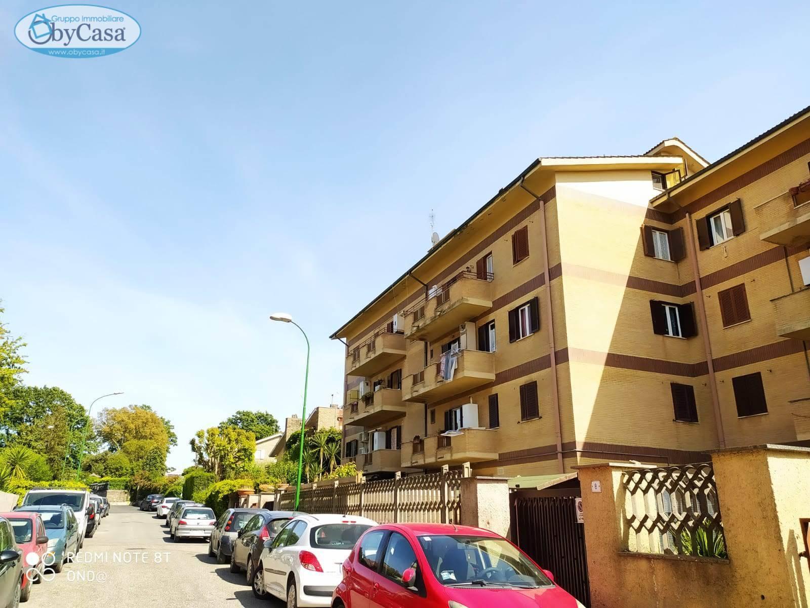 Appartamento in vendita a Manziana, 3 locali, zona Località: legrazie, prezzo € 99.000 | CambioCasa.it