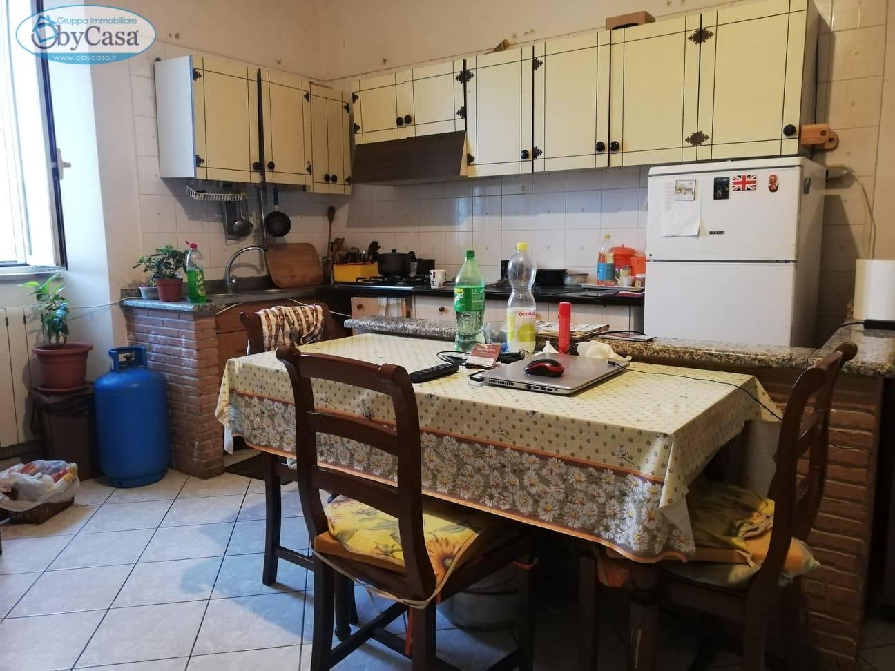Appartamento in vendita a Oriolo Romano, 3 locali, prezzo € 93.000 | PortaleAgenzieImmobiliari.it