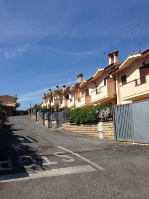 Villette a schiera in Vendita a Manziana