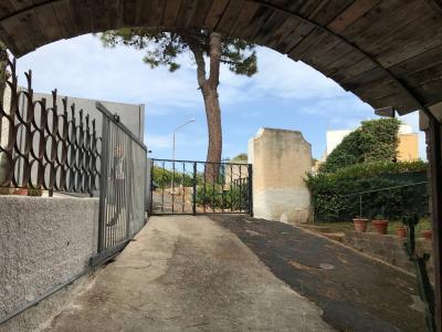 Villa Bifamiliare in Vendita a Santa Marinella
