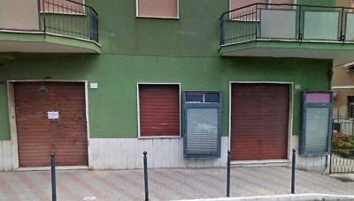 Locale commerciale in Affitto a Civitavecchia