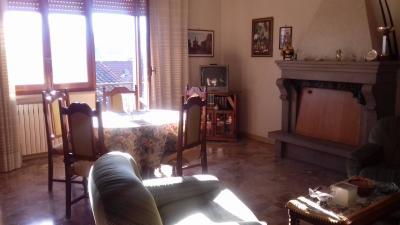 Appartamento 5 locali in Vendita a Vejano
