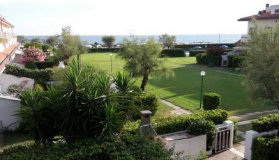 Villette a schiera in Affitto a Santa Marinella