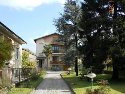 Appartamento 5 locali in Vendita a Cesate